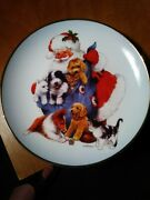 Royal Doulton Santaand039s Furry Friends Decorative 8 Plate By Giordano