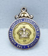 Antique 15ct Gold The Honorary Justices Association Victoria Pendant Medal 7.41g