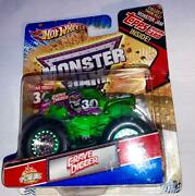 2012 Monster Jam Green Spectraflames Grave Digger 30th Anniversery W/topps Card