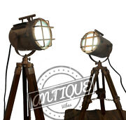 Floor Lamps With Wood Tripod Stand -desk/table Bedside Lamp Photographer Antique