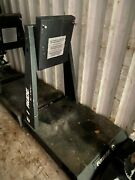 Evinrude Etec Outboard Motor Stand Display Stand Dealer Service