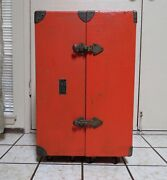 Wwii Us Army Signal Corp. Chest Ch-39 Double Chest On Wheels