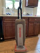 Oreck Xl Gold Vacuum Cleaner With Bags