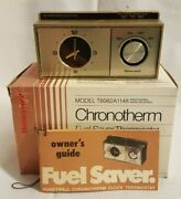 Mid Century Honeywell T882a 1047 Chronotherm Thermostat With Clock - Pre Owned