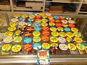 1965 Topps Wise Guy Buttons Lot Of 66 Overall Near Mint With One Unopened Pack