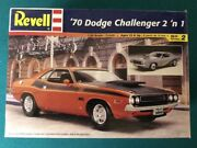 Revell '70 Dodge Challenger T/a 2 'n 1 Factory Sealed 124 Scale 1999 Issue, New