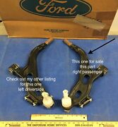 Passenger Side Front Lower Control Arm Freestyle 05-07 Genuine Ford 5f9z3078ba