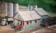 Campbell Scale Models Ho Scale Quincy Oil Warehouse And Office | Bn | 406