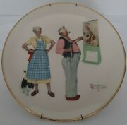 1978 Norman Rockwell Winter New Year Look Gorham China 10 3/4 With Wall Hanger