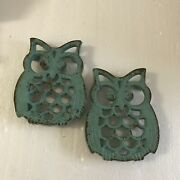 Set Of 2 Vintage Teal Turquoise Cast Iron Owl Trivets 5-1/4 X 5-1/4 Inch Rustic