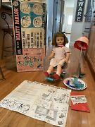 Deluxe Reading Beauty Parlor Doll In Box W/hair Dryer,chair And Accessories