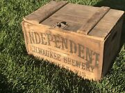 Vintage Independent Milwaukee Brewery Wisconsin Sign Wood Box Beer Crate Brew