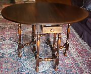 Antique William Mary 1800s Drop Leaf Gate Leg Table Hand Turned Legs Mahogany