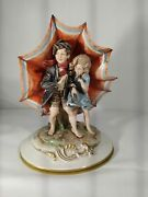 Capodimonte Pair Of Children That Si Repair From The Wind