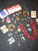 39 Pc Lot Avon Vintage Christmas Holiday Pin Brooch And Jewelry