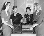 Crp-1484 1950and039s Philco Radios For Gifts Merle Mayer Mrs William A Anderson Mrs