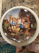 Mj Hummel Apple Tree Boy And Girl 8.25 Collection Plate Limited Edition Tv 6961