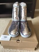 New In Box Authentic Ugg Classic Short Sparkle Boots Womens Size 7 Silver Sequin