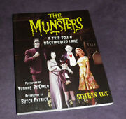 The Munsters Book Rare Signed 13 Cast And Crew Author Stephen Cox Tv Near Mint