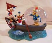 Disney Donald Duck Sea Scouts Snow Globe Snow Dome With Wind-up Music Box Mint