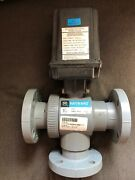 """Hayward Eau28 Electric Actuator With 1 1/2"""" 3 Way Ball Valve, Flanged Connectors"""