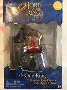 Lord Of The Rings Return Of The King The One Ring With Light Up Base By Applause