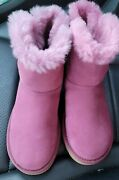 Uggs Boots Women New Size 6