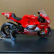 Tamiya Ducati Desmosedici 112 Model Kit Assembled Marlboro Red Used Jp Seller