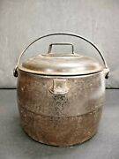 Antique T And C Clark And Co. First Quality 4 Quarts Cast Iron And Enamel Dutch Oven
