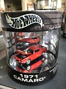 1971 Camaro Z28 Real Riders Hot Wheels Showcase Muscle Cars Series Oil Can Red