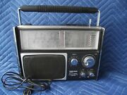 Vintage Montgomery Ward Airline Gen 1479a Multi 5 Band Radio For Parts Or Repair