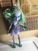 Monster High Haunted Getting Ghostly Twyla Doll 11 Mattel Chains Clothes Shoes