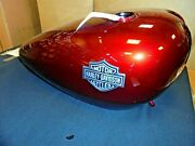 New Oem Harley Fuel Gas Tank Velocity Red With Medallions P/n 6100206dzt