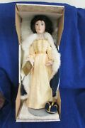 Franklin Mint Heirloom Collection Queen Anne Doll