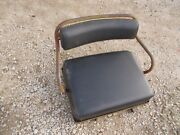 International 300 350 Ih Utility Tractor Deluxe Seat Assembly W/ Cushions