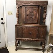 Jacobean Style Solid Wood Cabinet 1920and039s Renaissance Architecture England Style