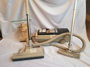 Electrolux 2100 Canister Vacuum Cleaner Power Nozzle Omni-flo With Extra Bags