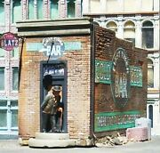Downtown Deco O Scale First Timer Bar Kit   Bn   52
