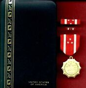 Wwii Philippine Defense Award Medal In Case With Ribbon Bar And Lapel Pin