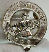With Fire And Sword Patriot Soldier With Bayonet Belt Collectible Pin I90412