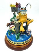 Garfield Large Vtg Music Box Danbury Mint Sittinand039 On The Dock Of The Bay Gift
