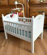 American Girl Retired Bitty Baby Doll Crib W/rare Crib-musical Mobile And Bedding