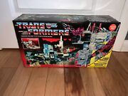 Transformers Metroplex Generation 1 Reproduction 2008 New Sealed Box Unopened