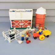 Vintage Fisher Price Little People Play Family Farm Barn And Silo 915