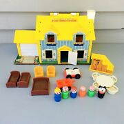 Vintage Fisher Price Little People 952 Tudor House Play Family Loaded