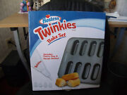 Hostess Twinkies Bake Set Pastry Bag And Recipe Booklet New In Box