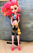 Monster High Gigi Grant Doll 13 Wishes And Magic Lantern Pet Hedgehog And Jewellery