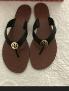 Thora Black Gold Logo Thora Tumbled Leather Flip Flip Sandal Sz 5 New