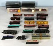 22 Piece N Scale Train Lt Including 3 Locomotives 4 Empty Cases Parts Or Repair
