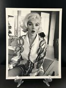 Marilyn Monroe And039surprise Lookand039 Signed George Barris - Last Photos Large 14 X 11